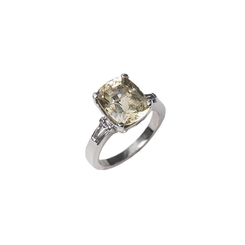 Witgouden ring met gele saffier en diamanten