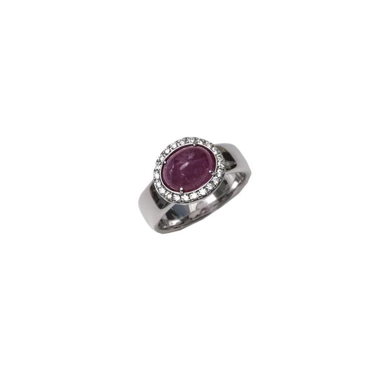 Witgouden ring met robijn en diamanten